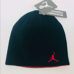 6b88c5cdef3 Jordan Accessories - Jordan Jumpman Black Red Knit Reversible Beanie